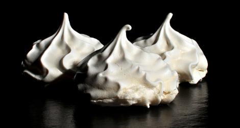 meringues crowdedmind