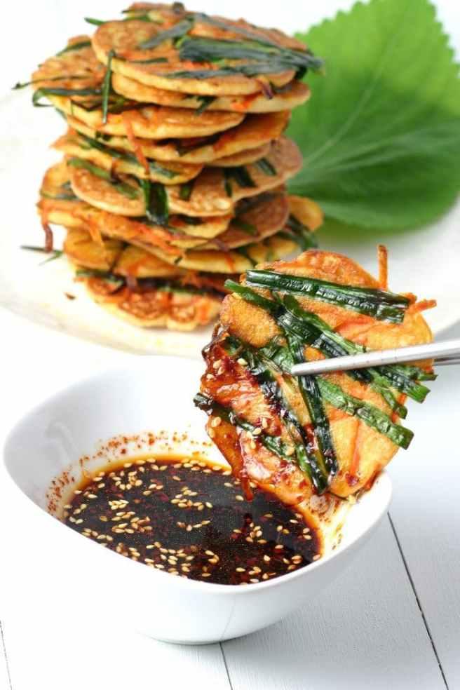 korean-mung-bean-pancakes-4.jpg